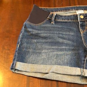 Old Navy Shorts - Old Navy Maternity Size 10
